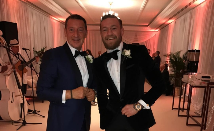 Otec Conora, tedy Tony McGregor, nikdy nebyl velkým rváčem