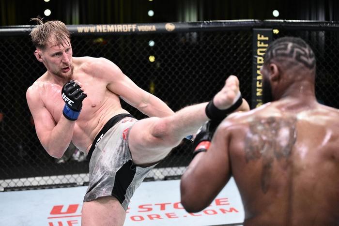 Alexander Volkov se těší na zápas v UFC