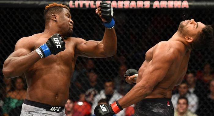 Alistair Overeem se vrací do UFC