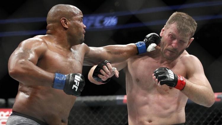 Daniel Cormier a Stipe Miocic se představí znovu v UFC