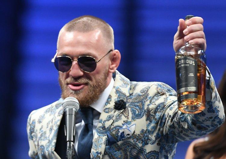 Conor McGregor rád provokuje soupeře