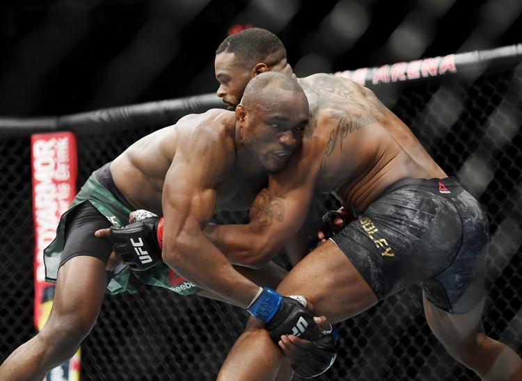 Kamaru Usman je král velterové váhy UFC