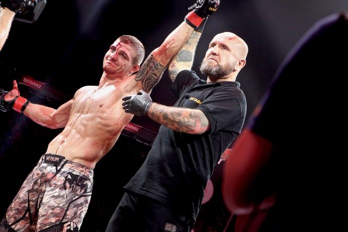 Matěj Kuzník v barvách Oktagon MMA