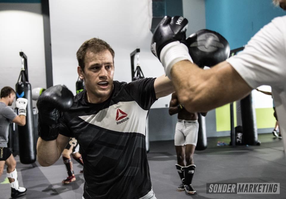 Viktor Pešta o UFC