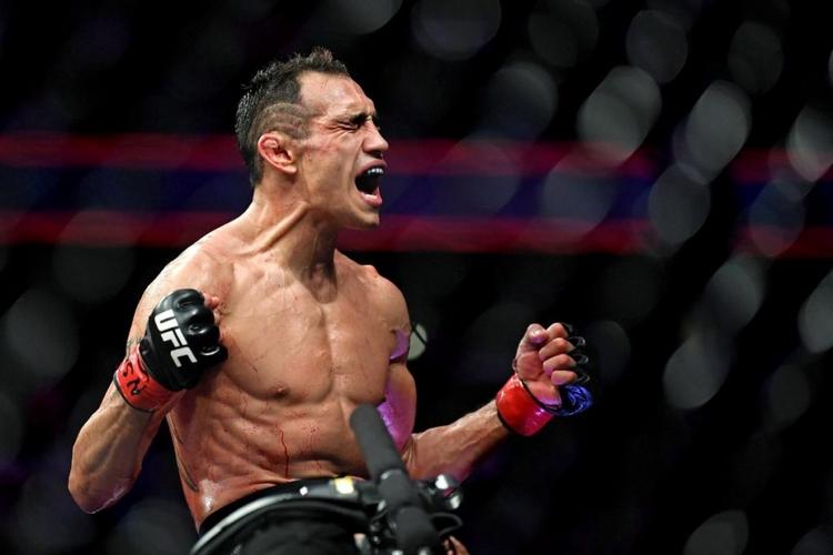 Paulo Costa a jeho názor na bitvu roku v UFC
