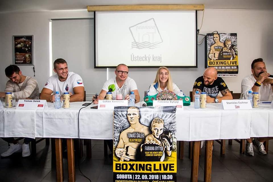 Boxing Live v Ústecké sportovní hale Sluneta